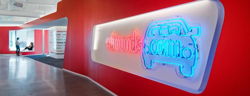 Edmunds.com Interior