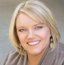 Amy Wilkins Headshot